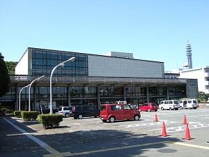 640px-神奈川県立音楽堂